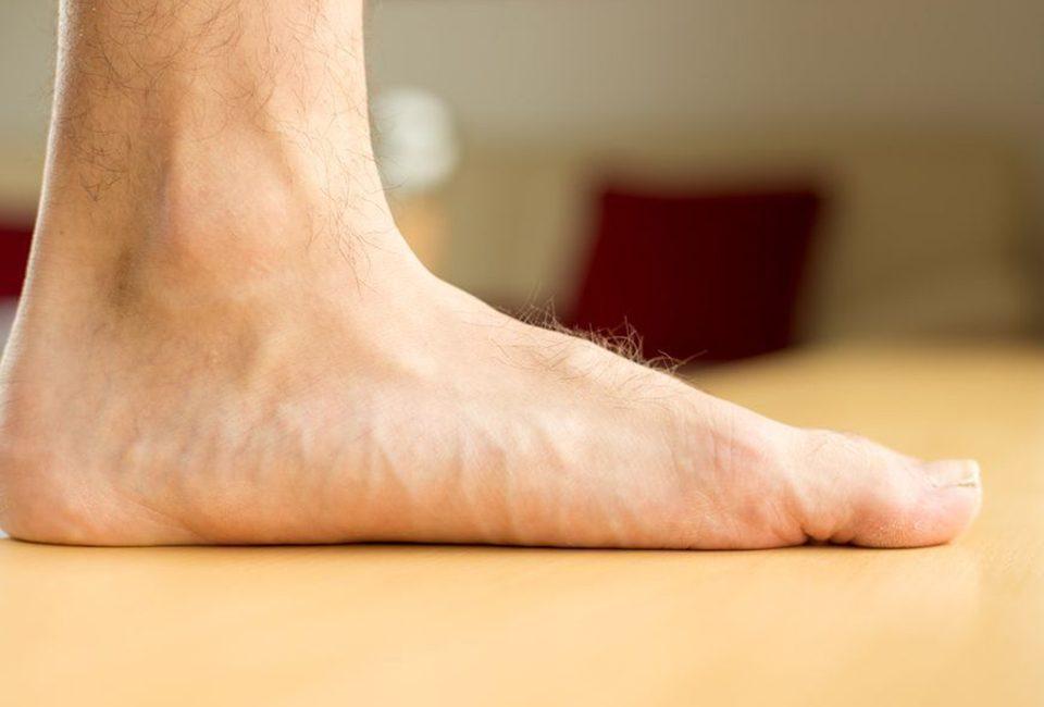 در کلینیک ارتوپدی توان طب استفاده از تکنولوژی سنجش فشارهای کف پا توسط اسکنر های سه بعدی هم تشخیص و هم بررسی و پیگیری بیماری را آسان نموده و از آنجا که دقت بالایی دارد می تواند در ساخت کفی و کفش طبی کمک بسیار شایانی به متخصصین نماید.