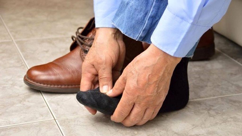علت درد پا - کفش نامناسب